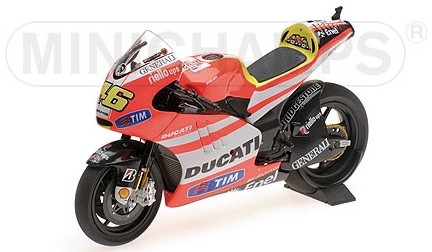 Ducati DESMOSEDICI GP 11.2 46 VALENTINO ROSSI - MOTOGP 2011 (MINICHAMPS 1:12)