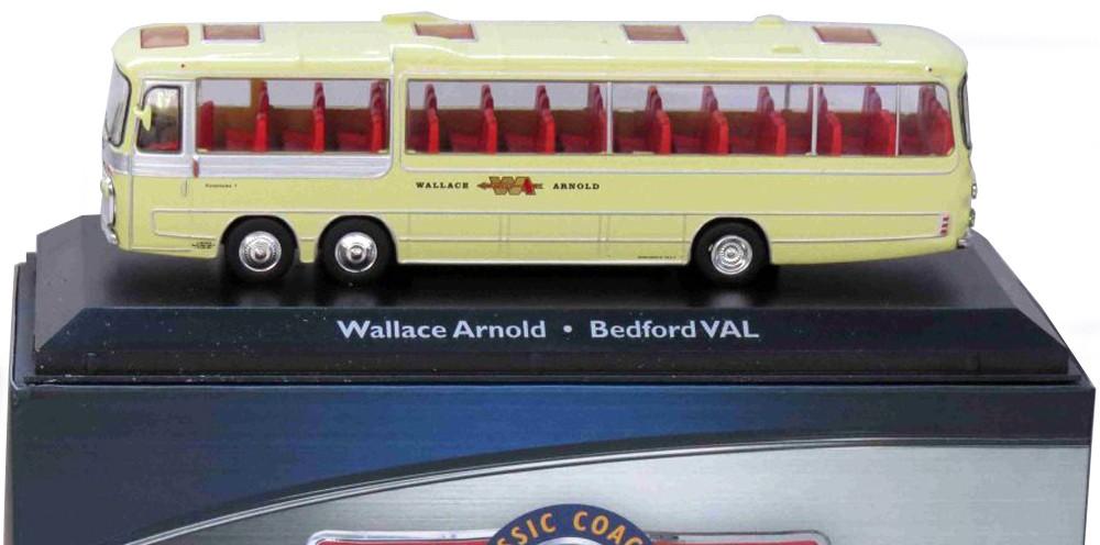 Bedford VAL WALLACE ARNOLD ATLAS(1:76)