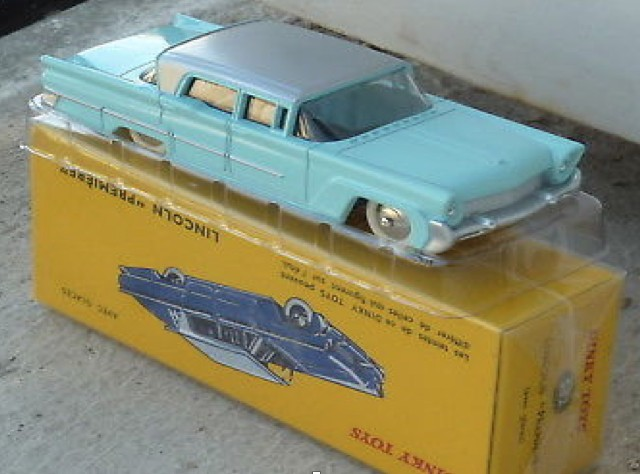 Lincoln PREMIERE Turquoise/grijs (I:43) DINKY TOYS