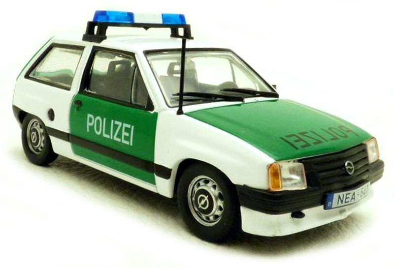 Opel CORSA A POLIZEI 1982 (1:43) ATLAS
