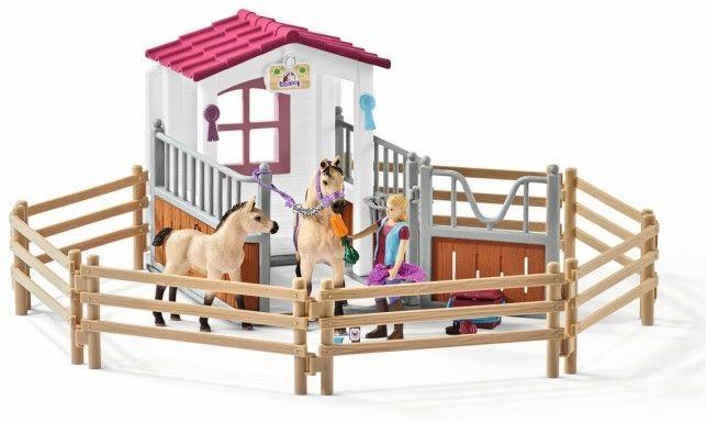 Paardenbox Arabische Paarden en Verzorgster Schleich (42369)
