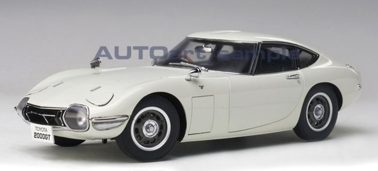 TOYOTA 2000GT COUPE 1965 (COMPOSITE MODEL-FULL OPENINGS) (1:18) AUTOART