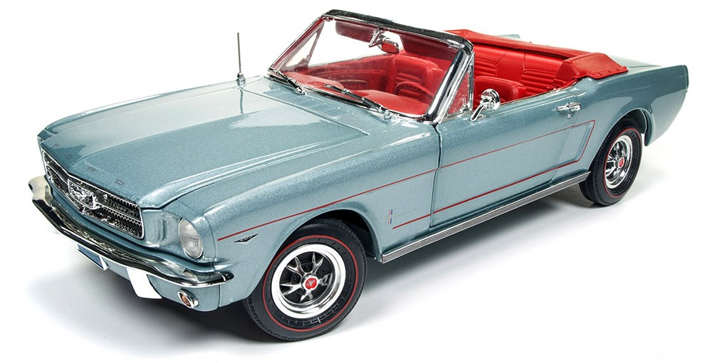 FORD MUSTANG CONVERTIBLE 1965 (1:18) AUTOWORLD